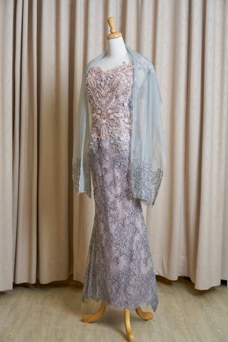 (台北媽媽禮服)MK18氣質奶茶色蕾絲珠工卡肩長禮服