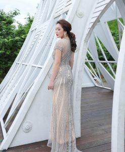 (台北媽媽禮服)M62華麗銀珠工膚底長禮服