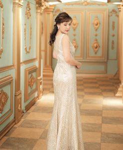 (台北媽媽禮服)B51中大尺碼淺金流線刺繡亮鑽長禮服