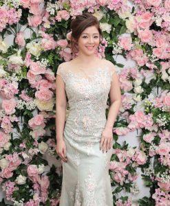 (台北媽媽禮服)MH19淺水綠蕾絲貼花珠工長禮服
